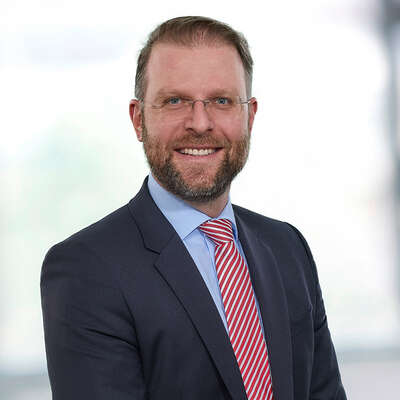 Dr. Thorsten Dörr