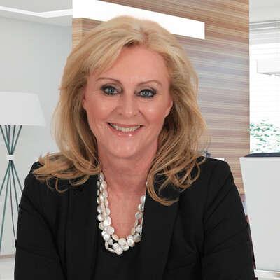 Fay Voysey-Smit